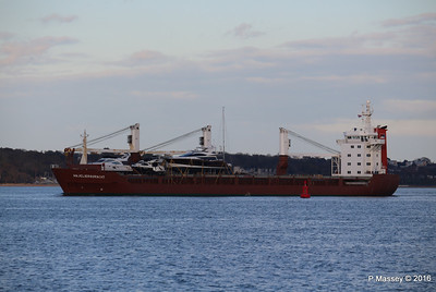 ANJELIERSGRACHT with Yachts Inbound Southampton PDM 16-04-2016 18-48-56