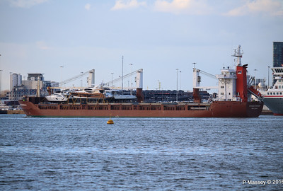 ANJELIERSGRACHT with Yachts Inbound Southampton PDM 16-04-2016 18-53-37