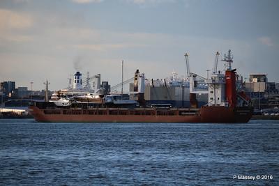 ANJELIERSGRACHT Arriving Southampton PDM 16-04-2016 18-54-15