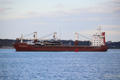 ANJELIERSGRACHT with Yachts Inbound Southampton PDM 16-04-2016 18-48-54