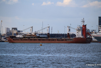 ANJELIERSGRACHT with Yachts Inbound Southampton PDM 16-04-2016 18-53-38