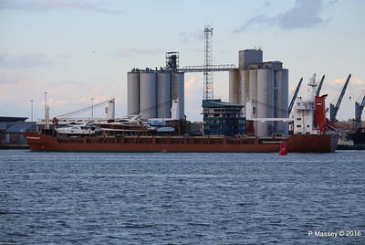 ANJELIERSGRACHT with Yachts Inbound Southampton PDM 16-04-2016 18-52-16