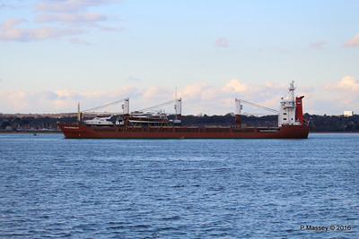 ANJELIERSGRACHT with Yachts Inbound Southampton PDM 16-04-2016 18-51-10
