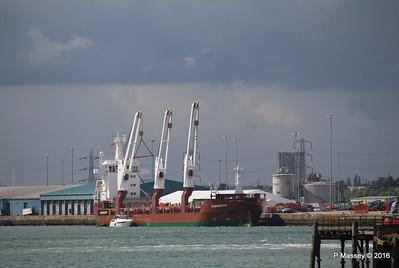FLORAGRACHT Loading Yachts Southampton PDM 15-06-2016 12-30-07