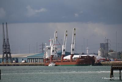 FLORAGRACHT Loading Yachts Southampton PDM 15-06-2016 12-30-014
