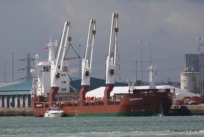 FLORAGRACHT Loading Yachts Southampton PDM 15-06-2016 12-30-015