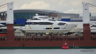 Yachts on board FLORAGRACHT Southampton PDM 18-06-2016 17-14-06