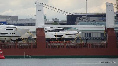 Yachts on board FLORAGRACHT Southampton PDM 18-06-2016 17-14-08