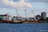 SVITZER BARGATE Passing MINERVAGRACHT Southampton PDM 11-10-2016 14-36-44