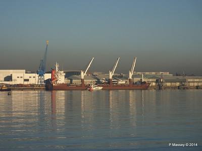 QAMUTIK Loading Yachts Southampton PDM 30-12-2014 15-07-31