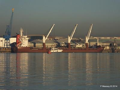 QAMUTIK Loading Yachts Southampton PDM 30-12-2014 15-13-58