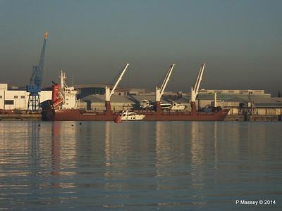 QAMUTIK Loading Yachts Southampton PDM 30-12-2014 15-13-51