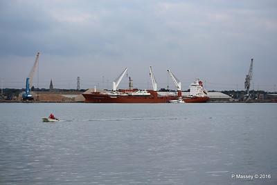 STADIONGRACHT Loading Yachts Southampton PDM 07-10-2016 17-32-21