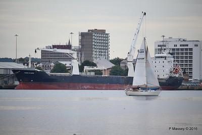 AMAYA Passing THORCO ATLANTIC Southampton PDM 10-08-2016 19-05-55