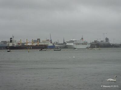 Rain Mist TOPFLIGHT Departing Southampton PDM 21-12-2013 13-28-15