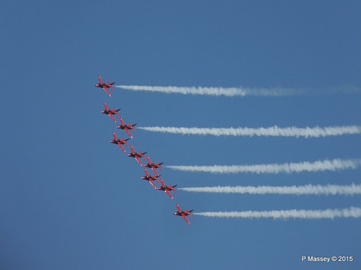 Red Arrows Display Southampton PDM 12-09-2015 15-49-11