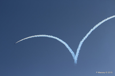 Red Arrows Display Forming Heart Southampton PDM 12-09-2015 15-57-17