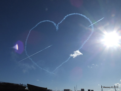 Heart Red Arrows Display Southampton PDM 12-09-2015 15-56-41
