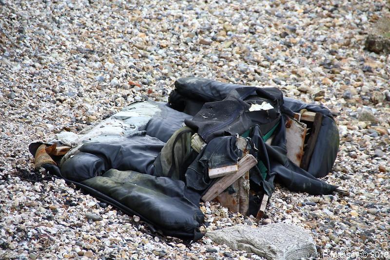 Rubbish Hythe Dibden Bay 06-04-2018 07-29-05