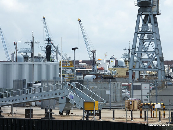 AGULHAS STREAM through the docks Portsmouth PDM 30-06-2014 12-19-39