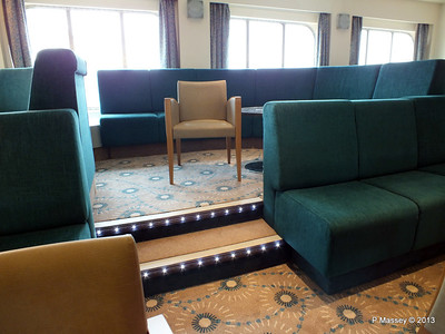 VOYAGER Darwin Lounge 14-05-2013 11-52-44
