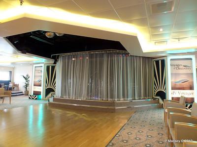 VOYAGER Darwin Lounge 14-05-2013 11-27-06