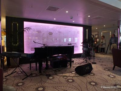 VOYAGER Scott's Lounge 14-05-2013 11-56-22