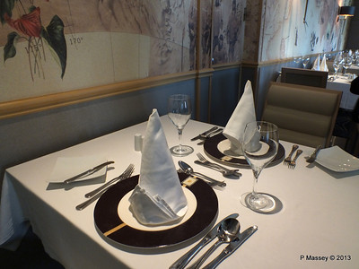 VOYAGER Explorer Club Restaurant 14-05-2013 11-57-57