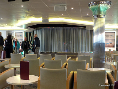 VOYAGER Darwin Lounge 14-05-2013 11-51-51