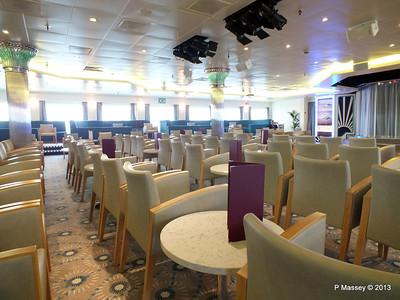VOYAGER Darwin Lounge 14-05-2013 11-26-20