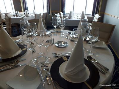 VOYAGER Explorer Club Restaurant 14-05-2013 11-58-10