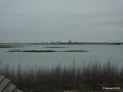 HOEGH OSAKA Approaching Calshot Spit past Fawley Jetty PDM 10-02-2015 15-25-22