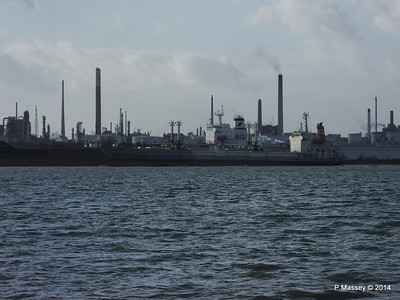NAGATO REEFER NAVIG8 SUCCESS Fawley PDM 10-12-2014 12-49-007