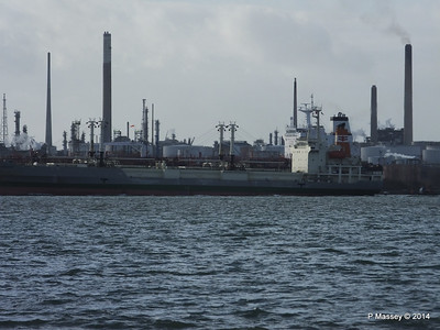 NAGATO REEFER NAVIG8 SUCCESS Fawley PDM 10-12-2014 12-49-15