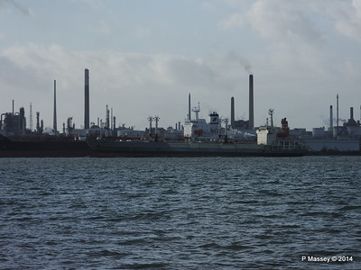 NAGATO REEFER NAVIG8 SUCCESS Fawley PDM 10-12-2014 12-49-07