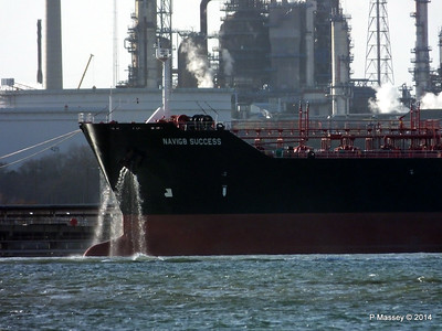 NAVIG8 SUCCES Anchor Washing Fawley PDM 10-12-2014 12-54-51