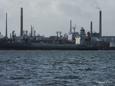 NAGATO REEFER NAVIG8 SUCCESS Fawley PDM 10-12-2014 12-49-014