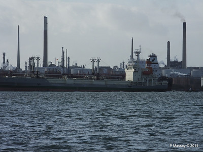 NAGATO REEFER NAVIG8 SUCCESS Fawley PDM 10-12-2014 12-49-016