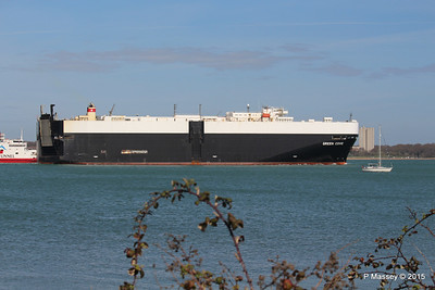 GREEN COVE Departing Southampton PDM 12-04-2015 15-20-53