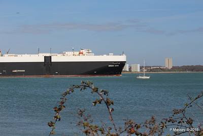 GREEN COVE Departing Southampton PDM 12-04-2015 15-20-40