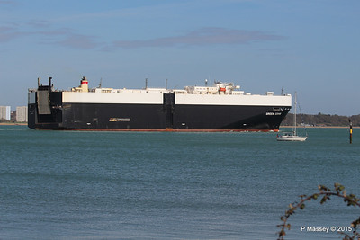 GREEN COVE Departing Southampton PDM 12-04-2015 15-21-29