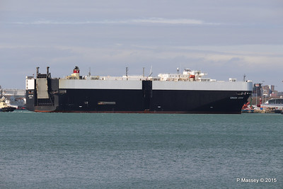 GREEN COVE Departing Southampton PDM 12-04-2015 15-11-05