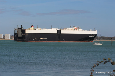 GREEN COVE Departing Southampton PDM 12-04-2015 15-21-32