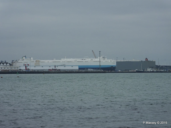 G POSEIDON MICHIGAN HIGHWAY over Town Quay Southampton PDM 10-02-2015 13-09-01
