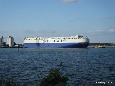 GLOVIS SPIRIT Departing Southampton PDM 22-07-2014 18-12-25