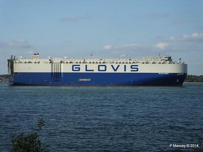 GLOVIS SPIRIT Departing Southampton PDM 22-07-2014 18-13-24