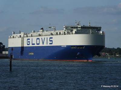 GLOVIS SPIRIT Departing Southampton PDM 22-07-2014 18-10-45