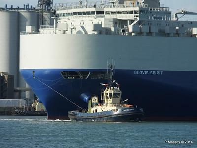 GLOVIS SPIRIT Departing Southampton PDM 22-07-2014 18-08-11