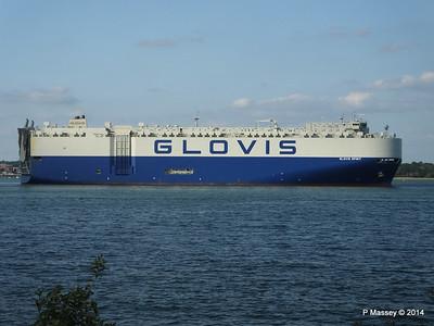 GLOVIS SPIRIT Departing Southampton PDM 22-07-2014 18-13-21