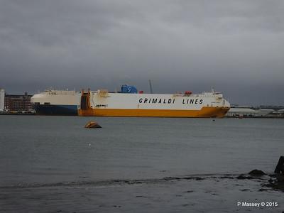 GRANDE EUROPA Passing SPLENDID ACE Southampton PDM 14-01-2015 15-56-38